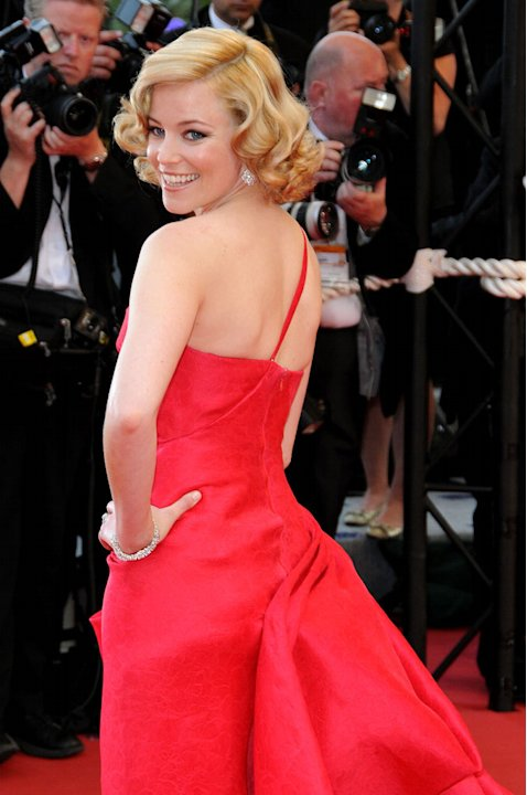 "Elizabeth Banks attends the ""Up"" Premiere at the Palais des Festivals during the 62nd Annual Cannes Film Festival on May 13, 2009 in Cannes, France."