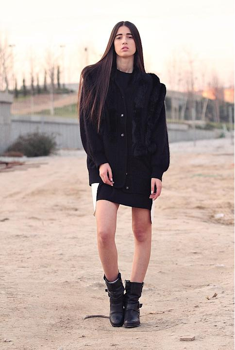Total black look