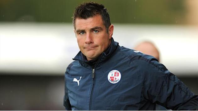 League One - Crawley clinch fine win over Crewe