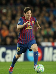 Lionel Messi scored two late goals to seal a 3-2 win for Barcelona