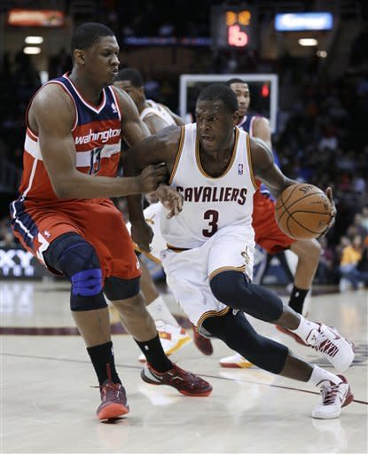 Cavs, without Irving, hold off Wizards 95-90