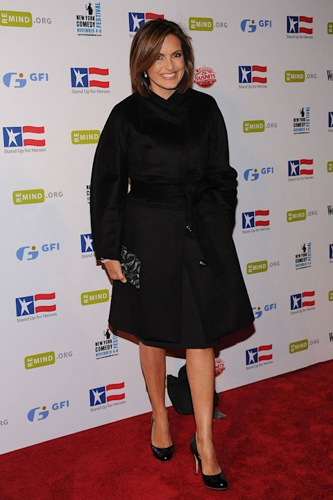 Mariska Hargitay attends the ''Stand Up For Heroes'' benefit for the Bob Woodruff Foundation at Town Hall on November 4, 2009 in New York City.