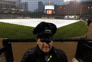 Rangers-Orioles game postponed by rain