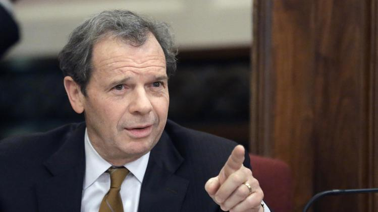Illinois Senate President John Cullerton, D-Chicago, speaks to lawmakers during a committee hearing at the Illinois State Capitol Wednesday, Jan. 2, 2013 in Springfield, Ill. Illinois Senate Democrats seeking assault-weapon restrictions planned to split the issue, seeking committee approval of a ban on high-capacity ammunition clips and a separate restriction on semi-automatic guns. (AP Photo/Seth Perlman)