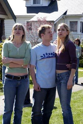 "Chilton Crane as Susan, Kaj-Erik Eriksen as Danny and Brooke Nevin as Nikki USA's ""The 4400"" 4400"