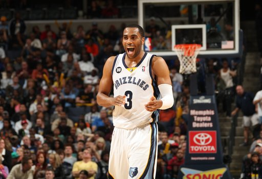 MEMPHIS, TN - NOVEMBER 11: Wayne Ellington #3 of the Memphis Grizzlies reacts against the Miami Heat on November 11, 2012 at FedExForum in Memphis, Tennessee. (Photo by Joe Murphy/NBAE via Getty Images)