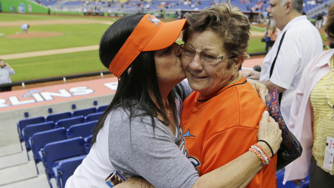 Jose Fernandez's grandmother gets to see him pitch