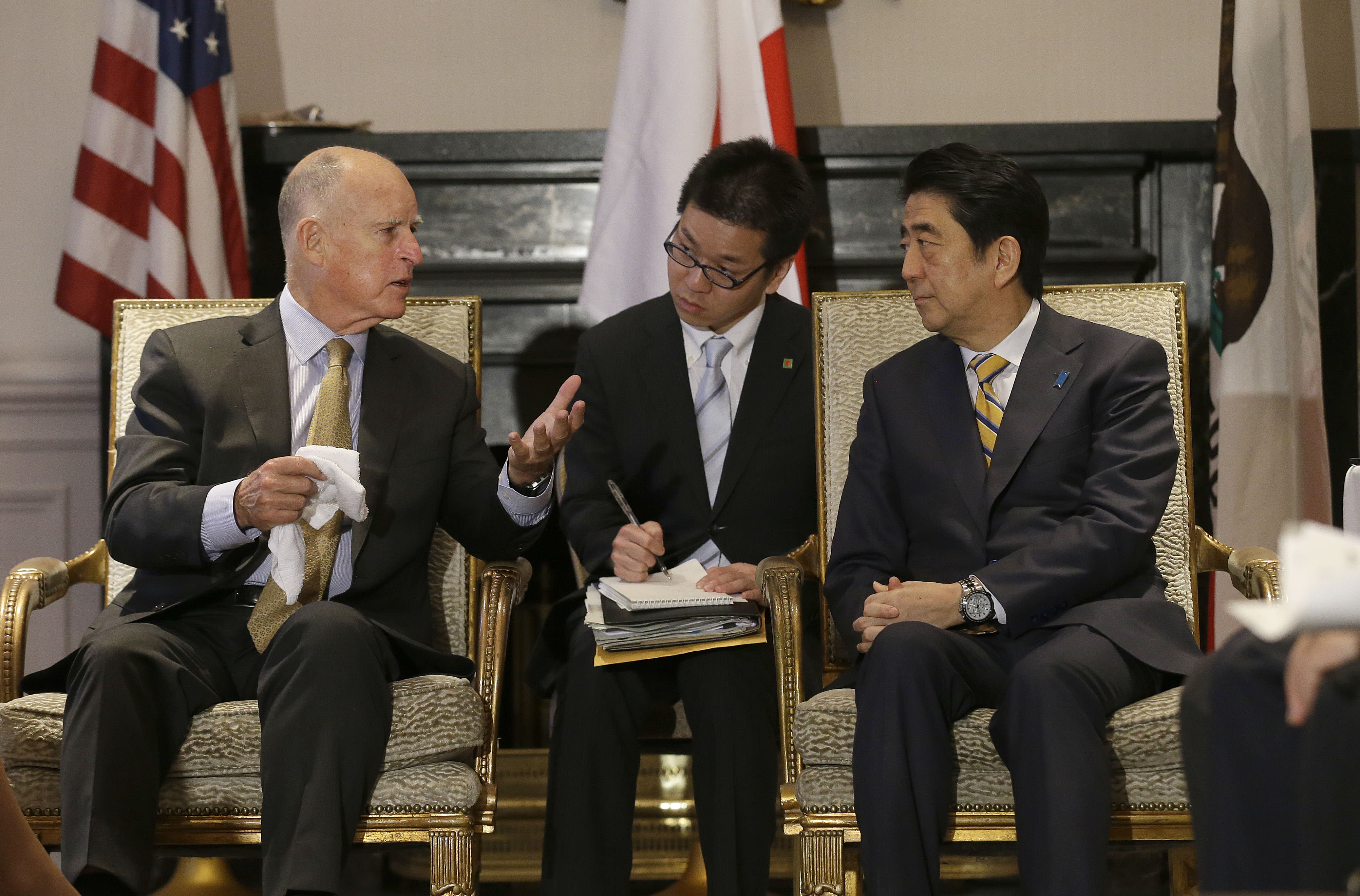 Japan leader heads to Los Angeles to encourage more trade