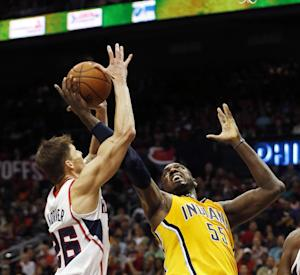Hibbert remains in starting lineup for Pacers
