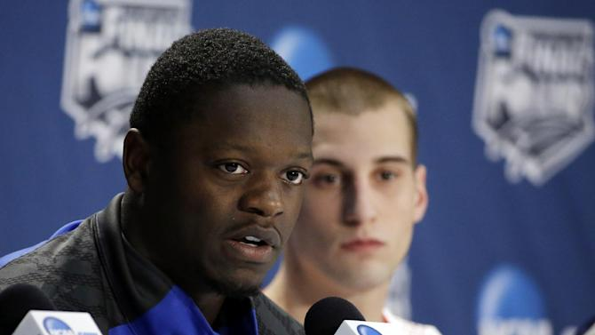 Homecoming for Randle as Wildcats hit Dallas