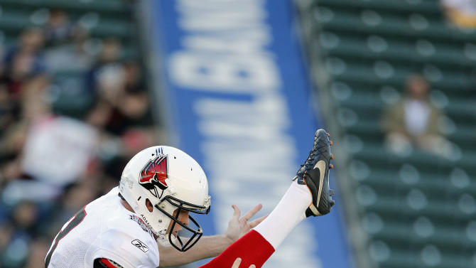 American team punter Scott Kovanda (3) of Ball State punts during the NFLPA Collegiate Bowl on Saturday, Jan. 19, 2013 in Carson, Calif. (Ric Tapia/AP Images for NFLPA)