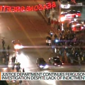Obama Calls for Calm as Chaos Erupts in Ferguson