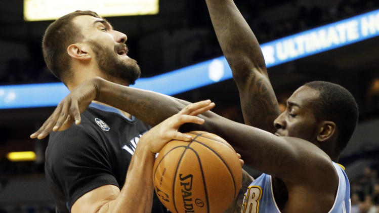 Lawson scores 23 as Nuggets hold off Wolves