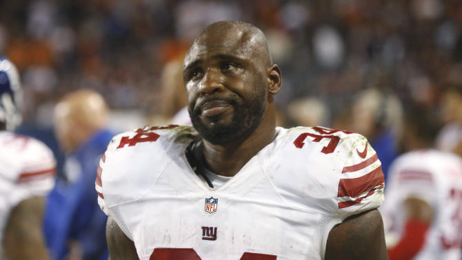 Giants down to 1 healthy halfback for Vikings