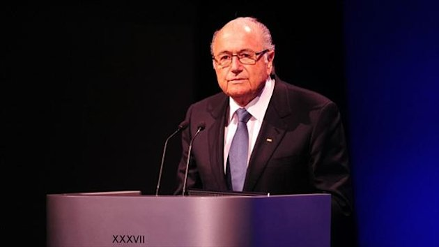 Sepp Blatter sais it is 'discrimination' to stipulate that the 2022 World Cup can only be played in the summer