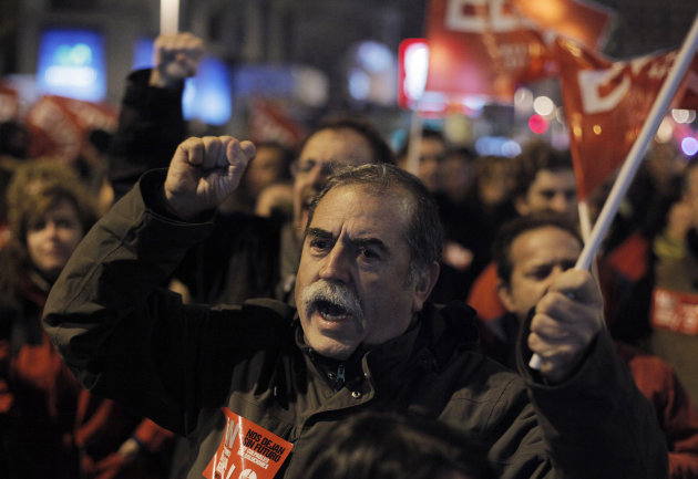A protester shouts slogans during a general strike in Madrid, Spain, Wednesday, Nov. 14, 2012. Spain's main trade unions stage a general strike, coinciding with similar work stoppages in Portugal and