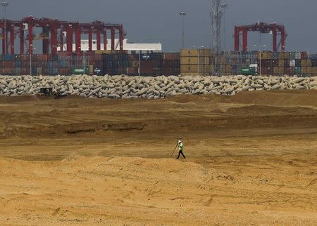 Sri Lanka cabinet suspends Chinese project on approval issue