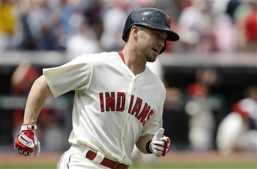 Indians rally to beat Mariners 10-8