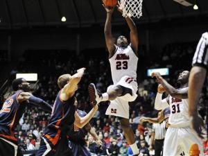 Mississippi rallies past Auburn 61-54