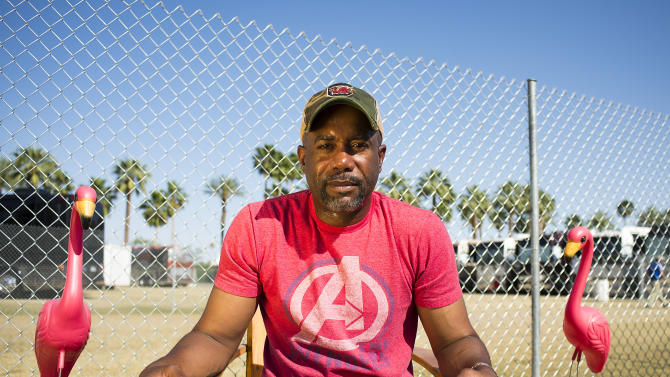 Darius Rucker rides 'Wagon Wheel' to top of charts