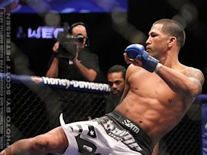 Anthony Pettis Out 7 to 8 Weeks, Will Face TJ Grant in First UFC Lightweight Championship Defense