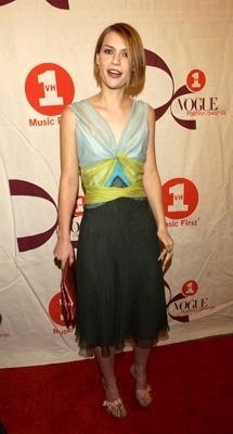 Claire Danes VH1 Vogue Fashion Awards - 10/15/2002