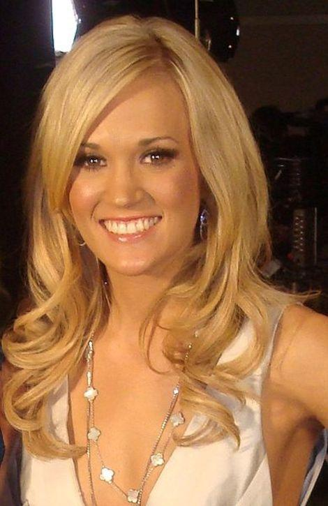 Carrie Underwood Rocks a New Style on the Red Carpet, Plus What She's Been Up to Lately