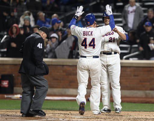 Harvey 1 hit, 10 Ks in 7 innings, Mets top Padres