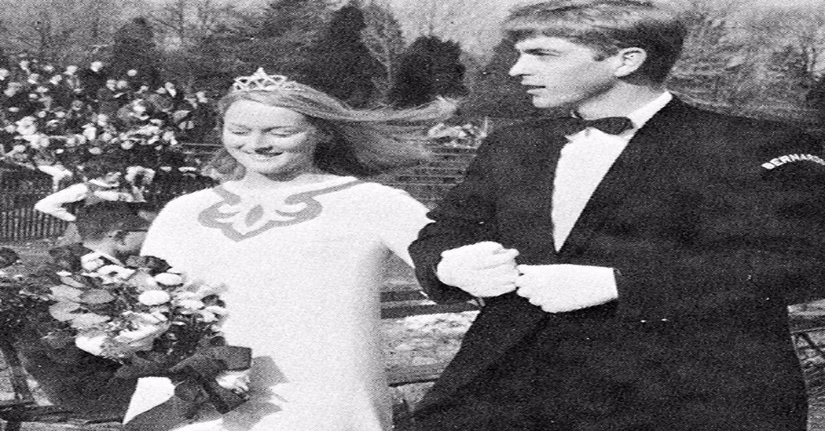 20 Hilarious Celebrity Prom Pictures