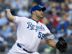 Paulino shuts down A's as Royals win 2-0