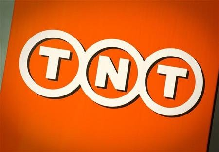 The logo of TNT is seen in Hoofddorp, the Netherlands March 19, 2012. REUTERS/Robin van Lonkhuijsen/United Photos