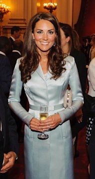Kate Middleton kicks off Olympics 2012 with Christopher Kane suit