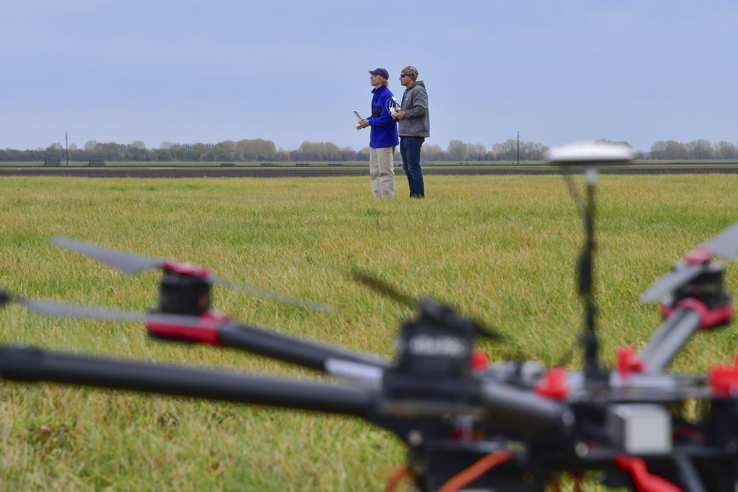 Drone schools look to woo younger pilots for commercial jobs