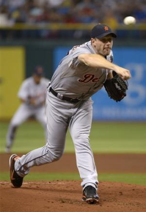 Cabrera's big night helps Tigers beat Rays