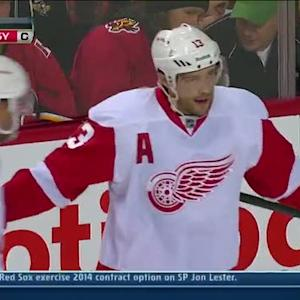 Pavel Datsyuk buries the rebound