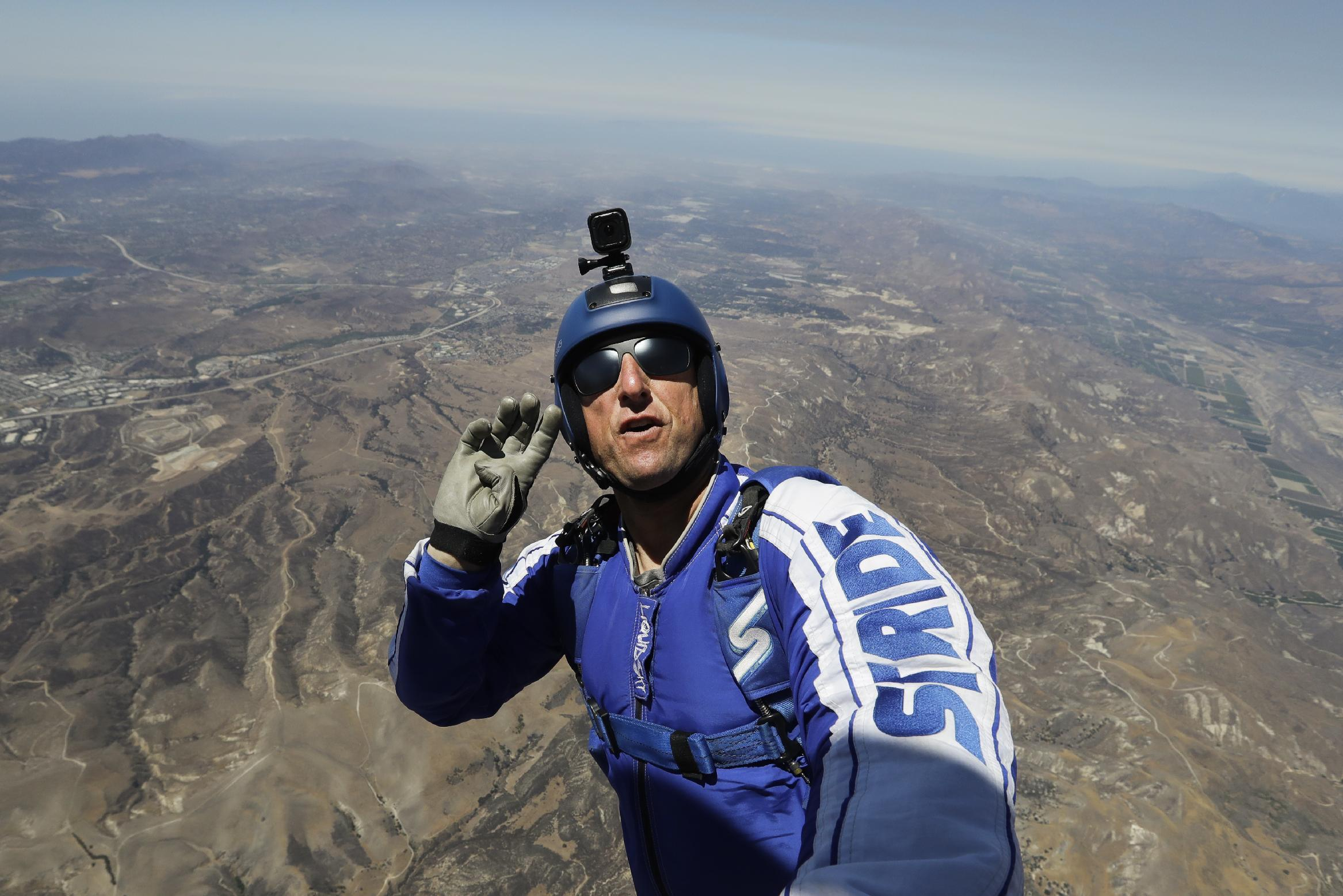Skydiver becomes first person to jump and land without chute