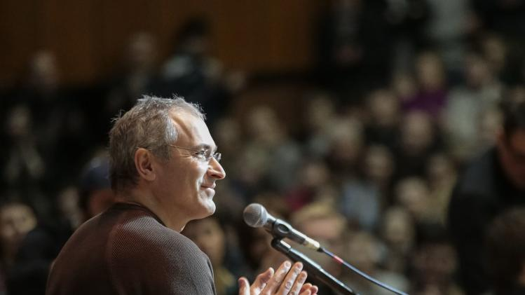 Former Russian oil tycoon Khodorkovsky gives students a lecture on human rights and freedom in Kiev