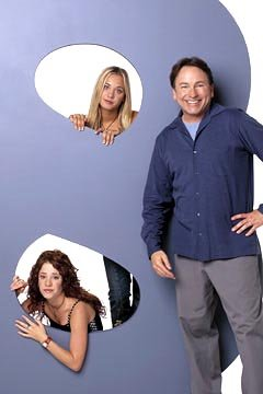 Kaley Cuoco as Bridget, Amy Davidson as Kerry and John Ritter as Paul