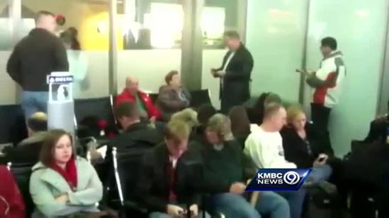 Raw video: KCI packed with passengers waiting on delayed flights