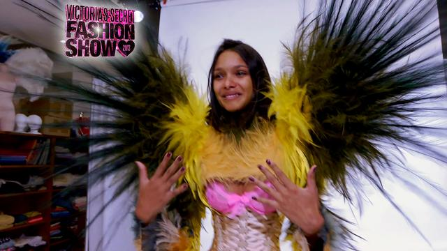 The 2013 Victoria's Secret Fashion Show - Lais Gets Her Wings