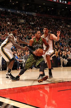 Hansbrough has 23, leads Raptors over winless Jazz
