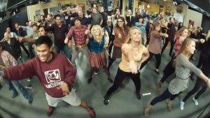 'Big Bang Theory' Cast Surprises Showrunners With 'Call Me Maybe' Flash Mob (Video)