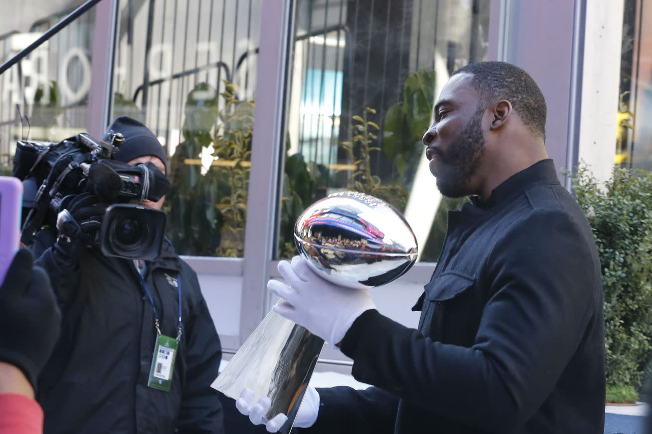 Two-time Super Bowl winner Justin Tuck announces his retirement