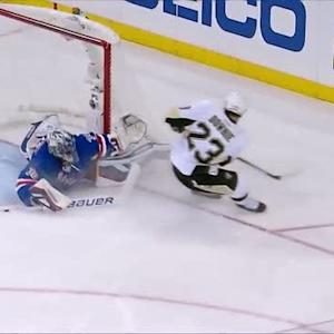 Lundqvist does the splits to stuff 2-on-1