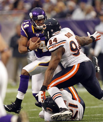 Bears hang on to beat Vikings 17-13, finish 8-8