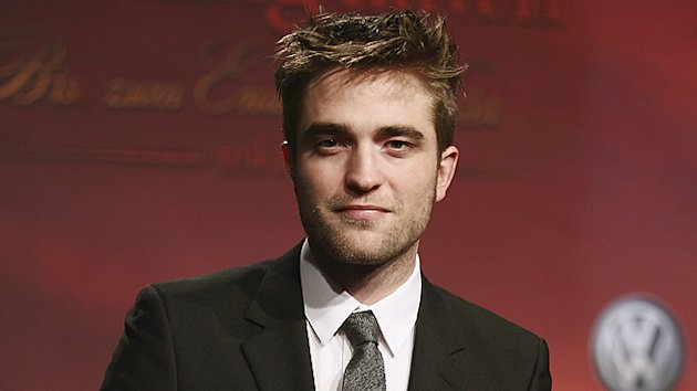 Robert Pattinson to Play Lawrence of Arabia