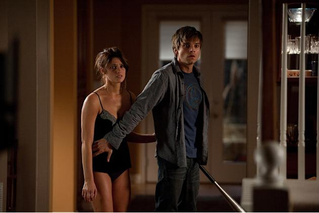 The Apparition Warner Bros. Pictures 2011 Ashely Greene Sebastian Stan