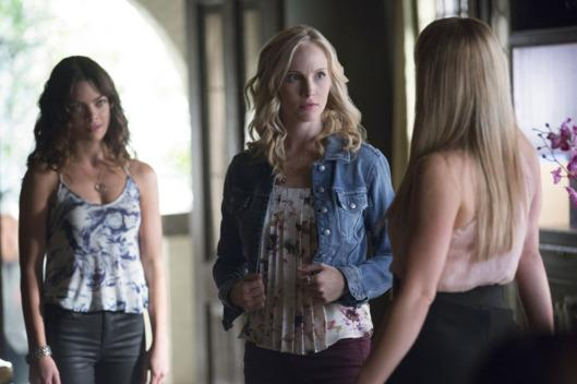 'The Vampire Diaries' Down In Return As 'Heroes Reborn' & 'The Blacklist' Slip Against Sports Competition
