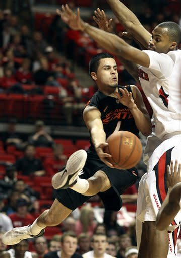 Oklahoma State upends Texas Tech 80-63