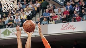 Gortat, Nash lead Suns past Pacers, 113-111